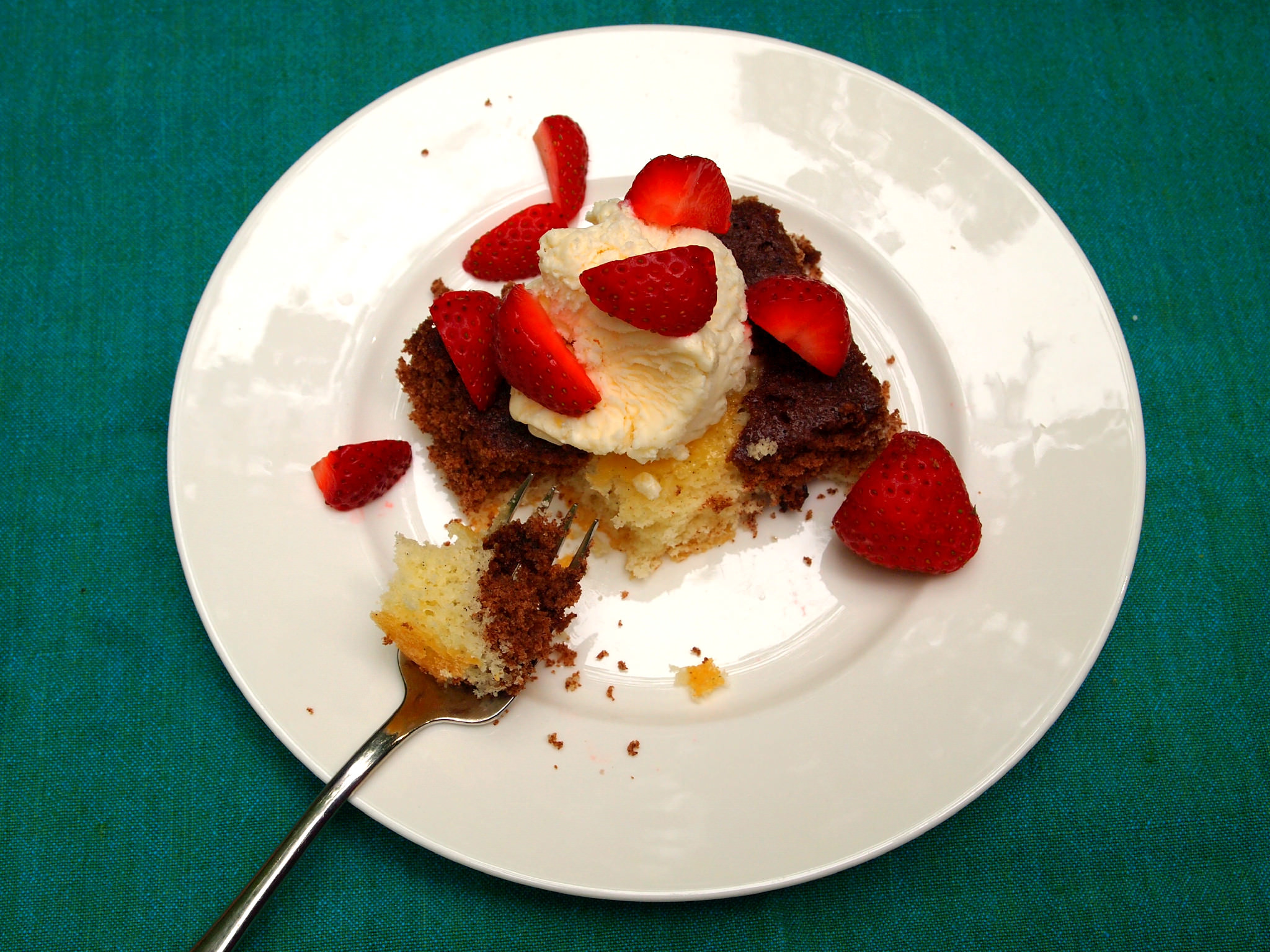 Chocolate Loves Vanilla Cake | ComfortablyDomestic.com