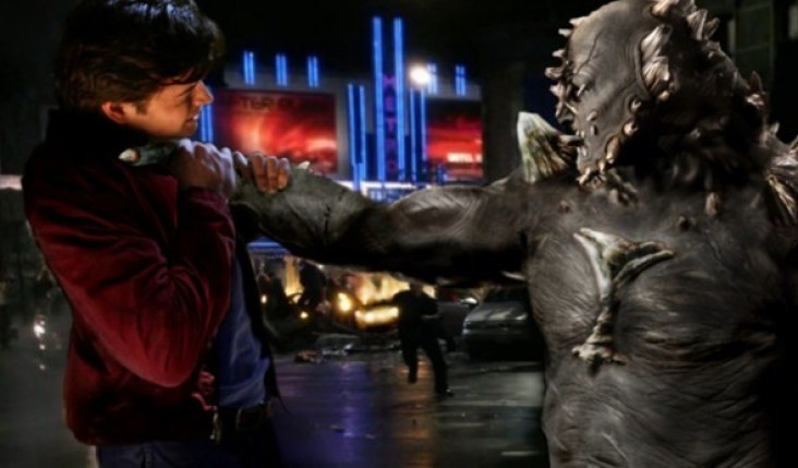 http://i0.wp.com/comiconverse.com/wp-content/uploads/2015/05/Smallville.Doomsday-590x346.jpg?resize=732%2C429