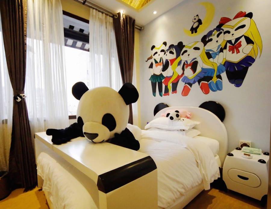 Animal Print Wallpaper For Bedrooms Le Panda Inn Un H 244 Tel Con 231 U Sur Le Th 232 Me Panda