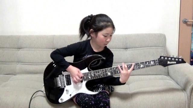 11歳の天才ギター少女が生演奏するジャパンネット銀行のCM