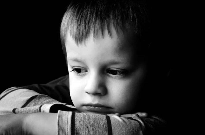 Una mala educacion durante la infancia puede desencadenar en actividades delictivas futuras