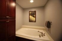 Bath_Tile_Surround