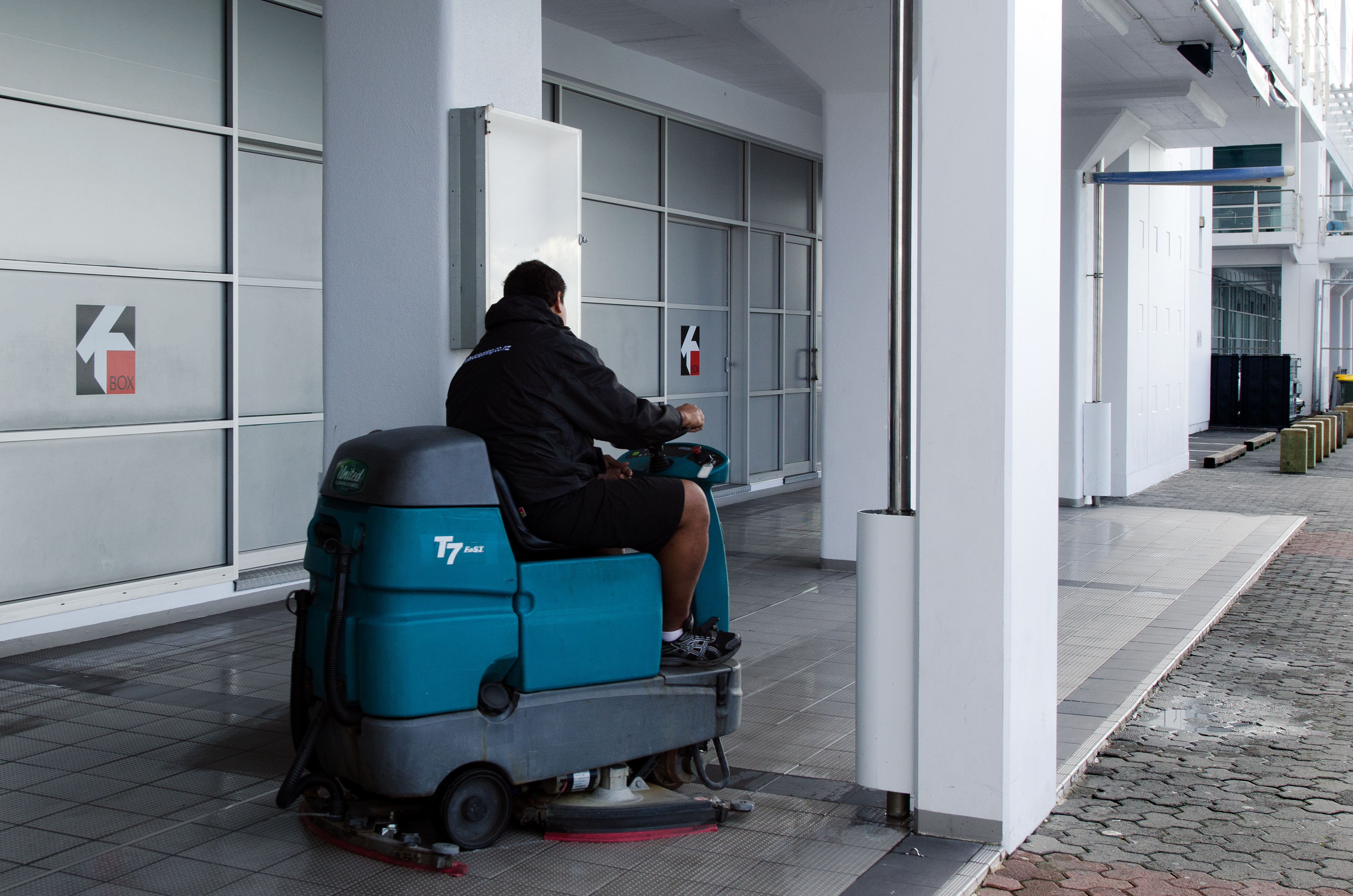 Professional Floor Cleaning Company Floor Cleaning Near Me