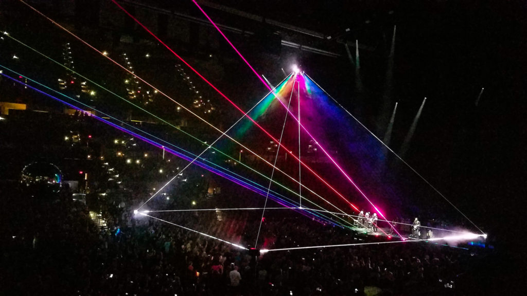 Single Rose Wallpaper Hd Us Them Roger Waters At At Amp T Center In San Antonio Tx