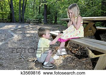 Boy Proposing Girl Hd Wallpaper Stock Images Of Marriage Proposal K3569816 Search Stock