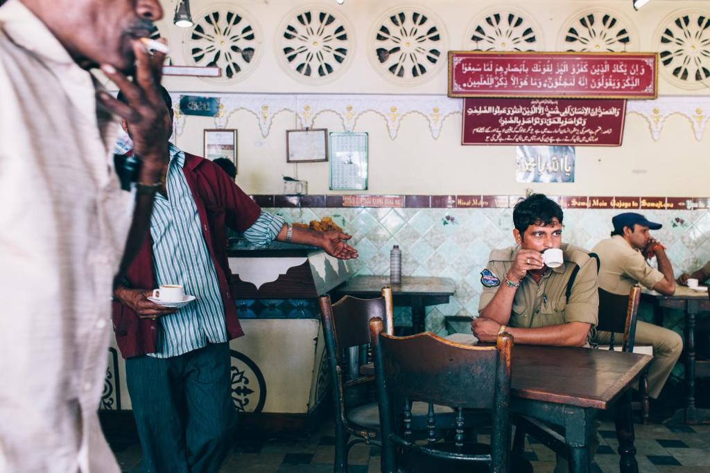Ali Cafe, Dabirpura