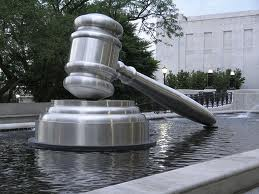 giant_gavel