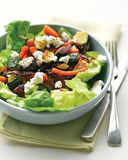 Grilled-veggies-on-lettuce