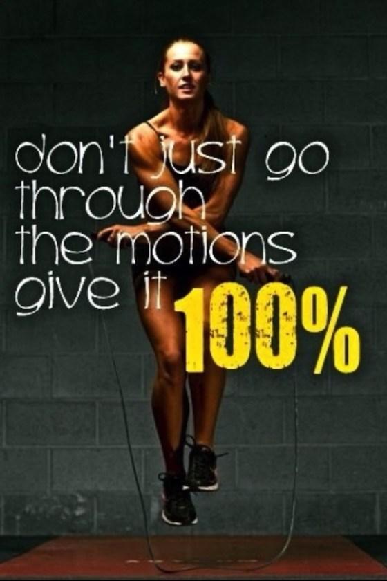Khloe-Kardashian-Midweek-Fitness-Inspiration-28-580x870