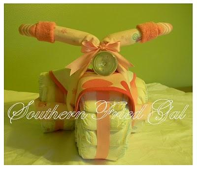 Tricycle façon gâteau de couches