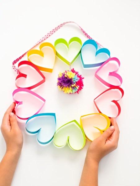 rainbow-heart-paper-pom-pom-wreath