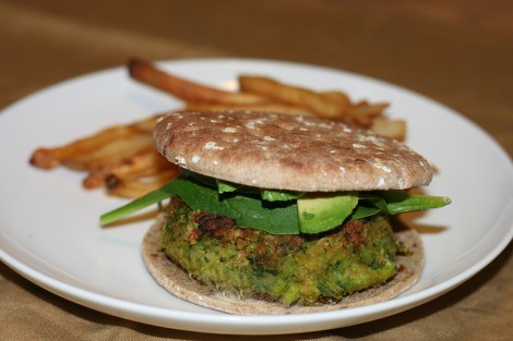 spinach-and-chickpea-burger
