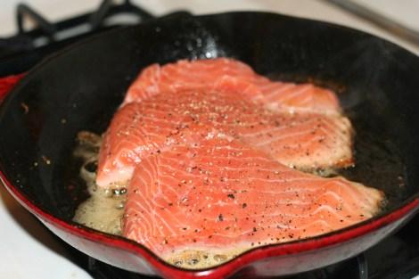 salmonin-pan