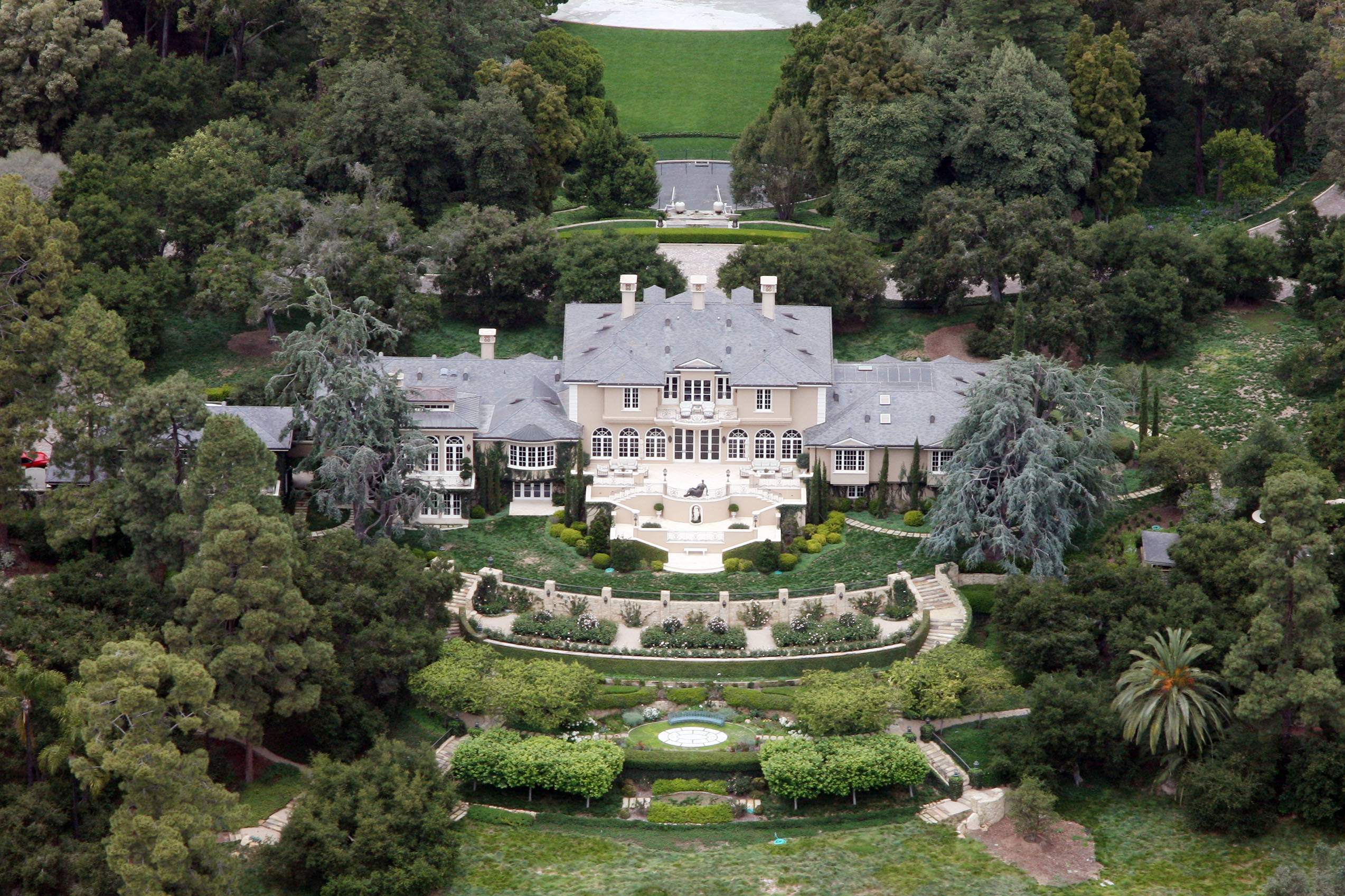 Fullsize Of Oprah Winfrey House