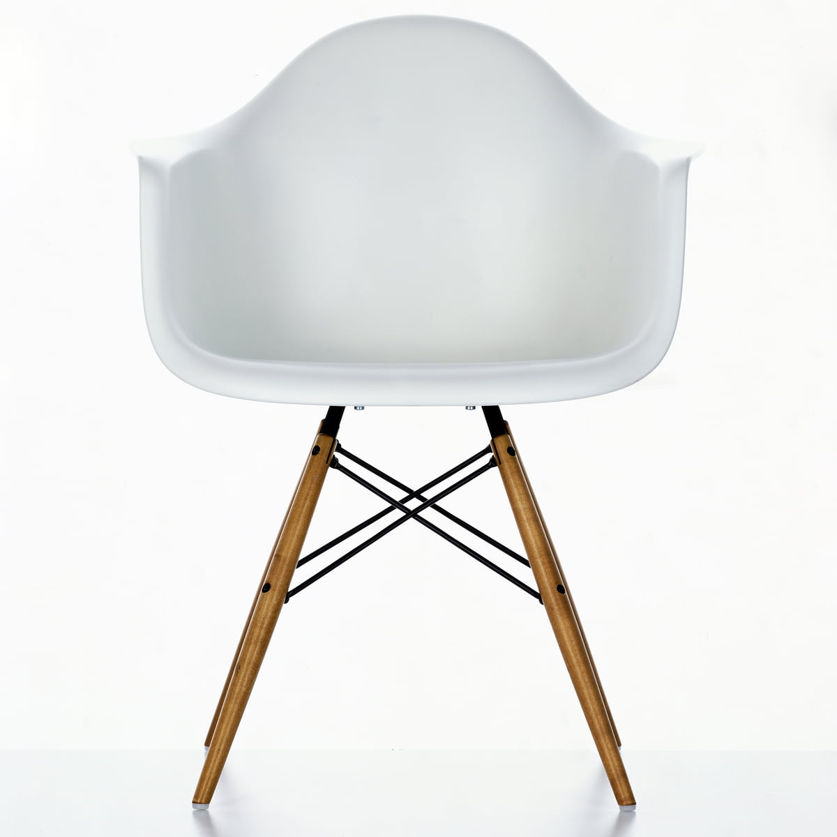 Eames Plastic Chair Eames Daw Chair By Vitra In Our Design Shop