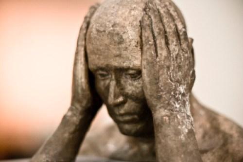 head-in-hands-sculpture