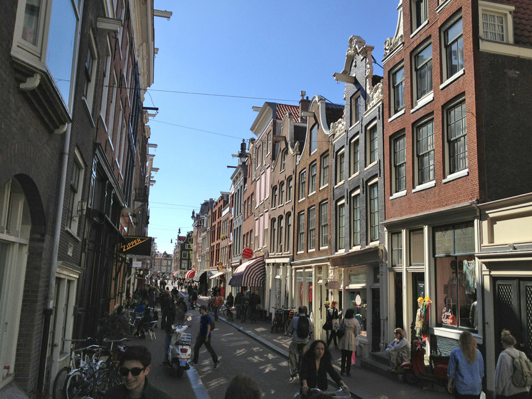 Straatjes Amsterdam De 9 Straatjes Amsterdam S Famous Shopping Streets Conscious