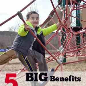 5 BIG Benefits of Outdoor Play