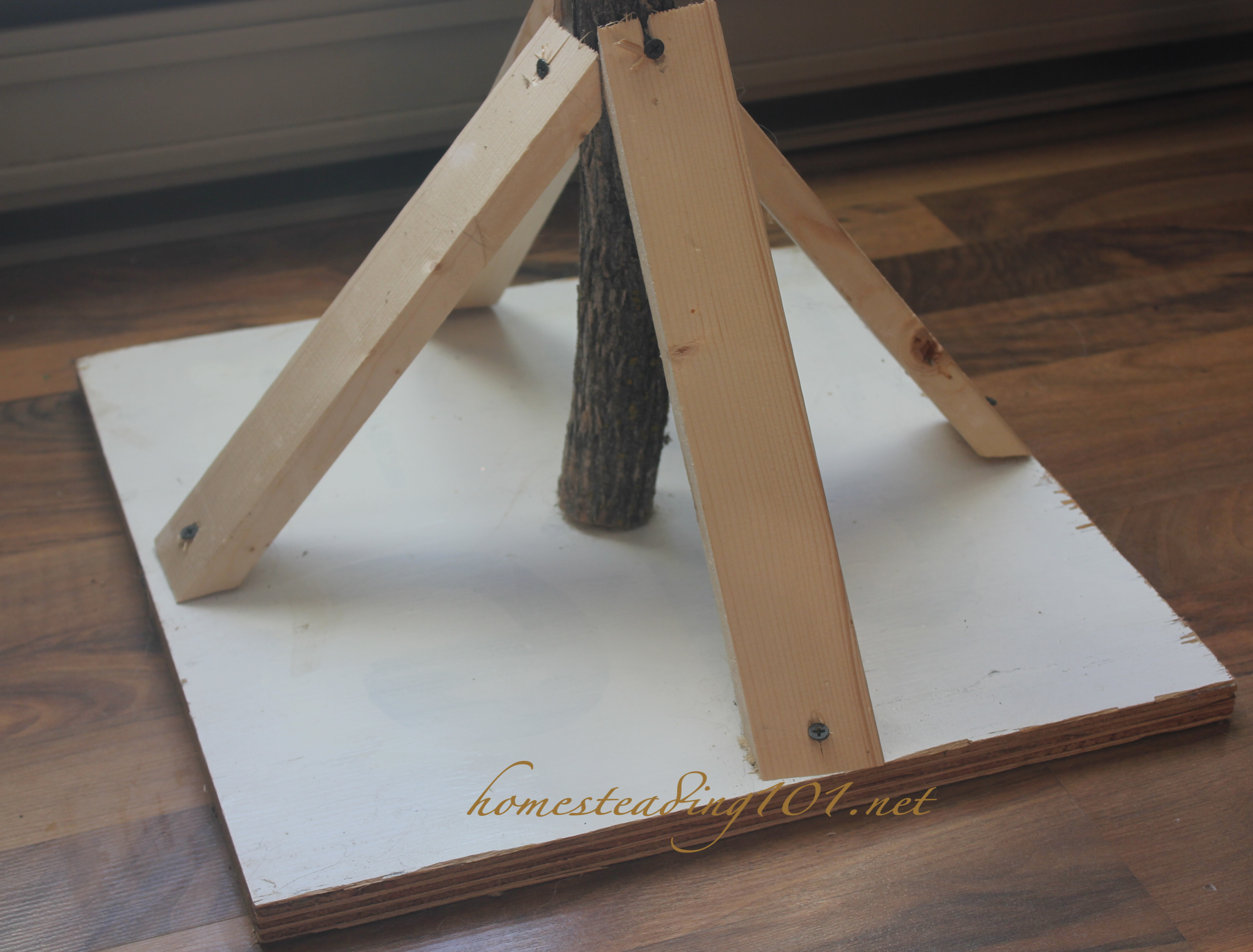 How To Make Your Own Tree Stand How To Make Your Own Unique Christmas Tree Homesteading 101