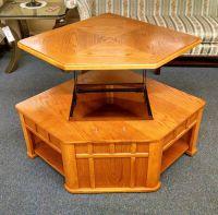 OAK LIFT TOP COFFEE TABLE | Delmarva Furniture Consignment