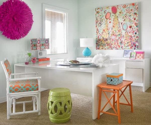 escritorio-home-office-com-detalhes-coloridos