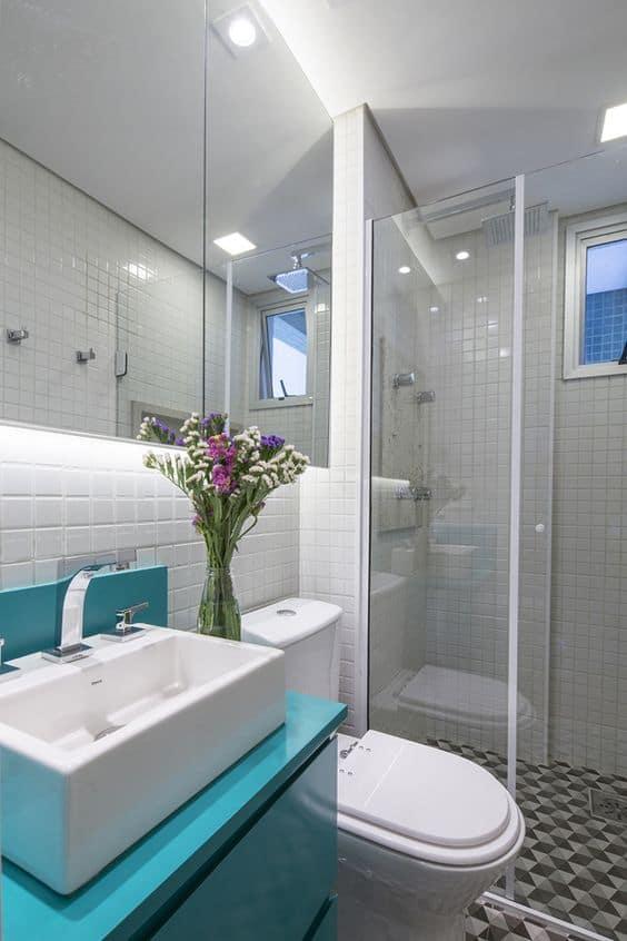 16 Ideias de Decoração com móvel colorido no banheiro Fotos -> Banheiro Quimico Simples