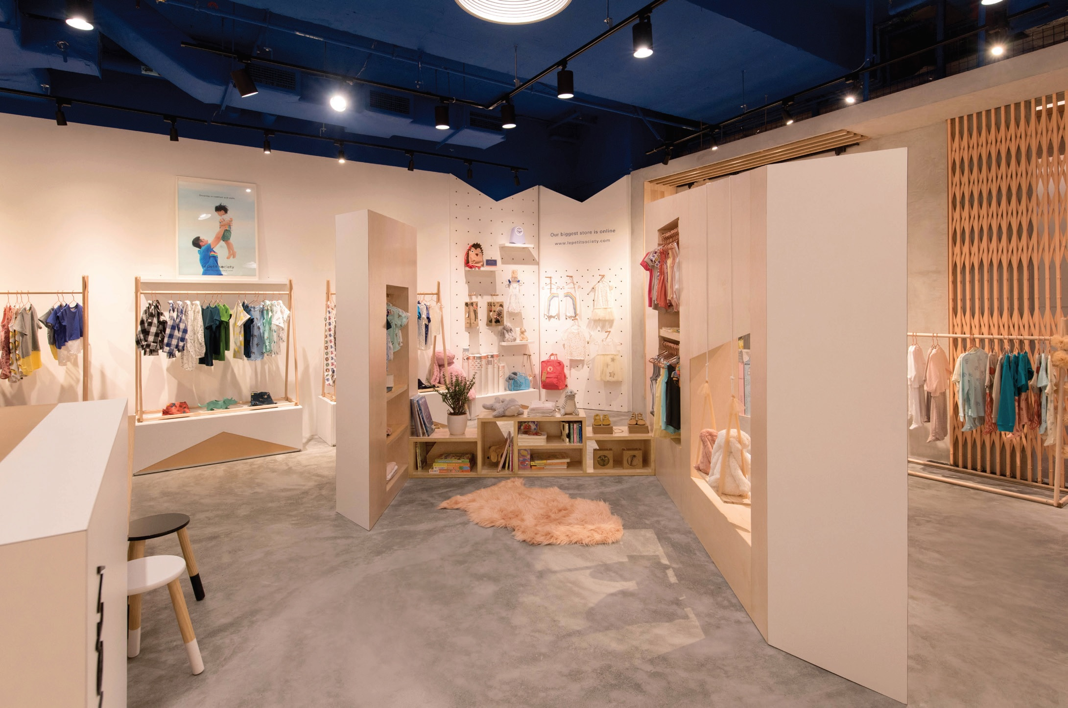 Petit Store Le Petit Society In Real Life Concept Store Construction Plus Asia