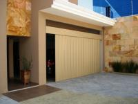 Portas de Garagem - Madeira e Modelos | construdeia.com