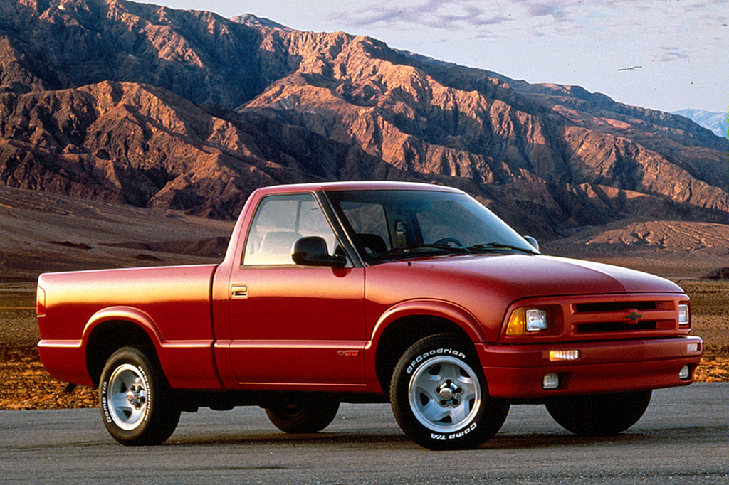 1994-04 Chevrolet S-Series Consumer Guide Auto