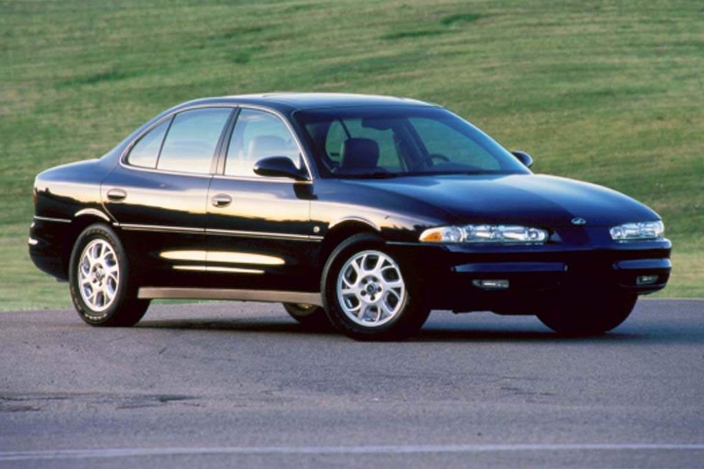 1998-02 Oldsmobile Intrigue Consumer Guide Auto