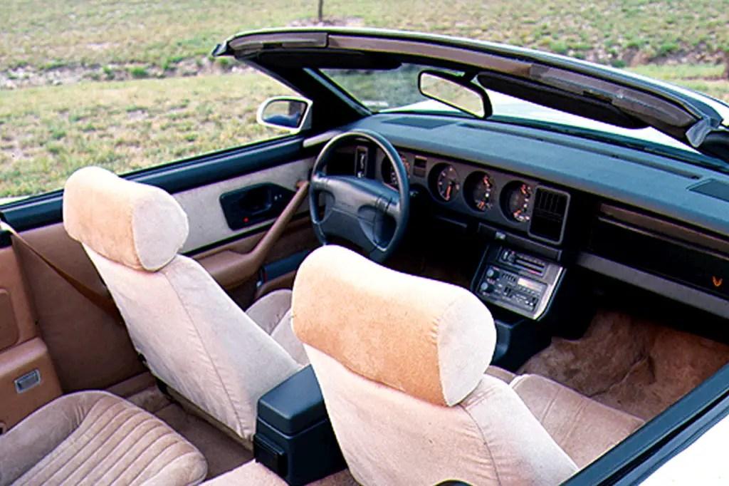 1990-92 Pontiac Firebird Consumer Guide Auto