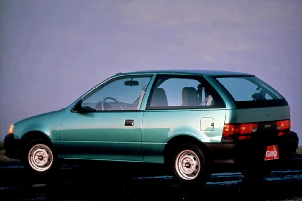 1990-94 Geo Metro Consumer Guide Auto