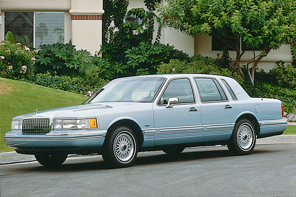 1990-97 Lincoln Town Car Consumer Guide Auto