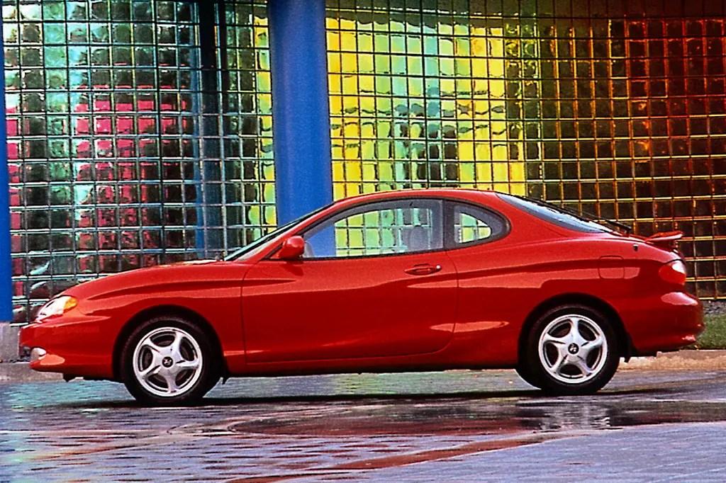 1997-01 Hyundai Tiburon Consumer Guide Auto
