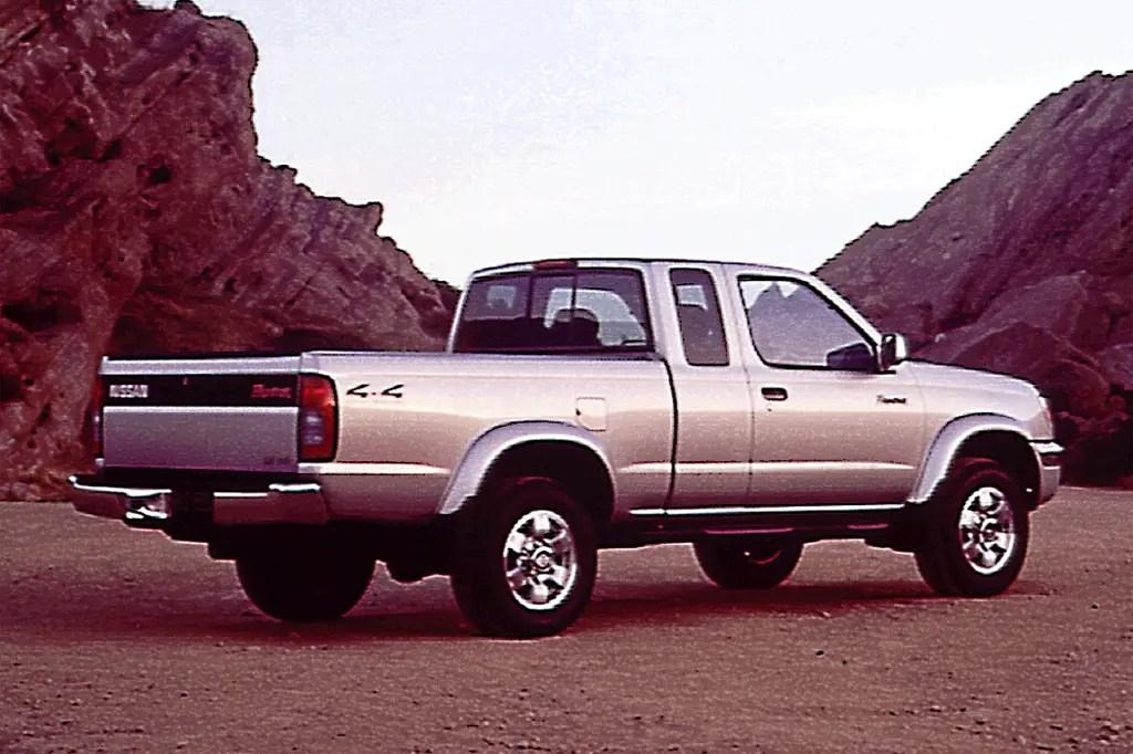 1998-04 Nissan Frontier Consumer Guide Auto