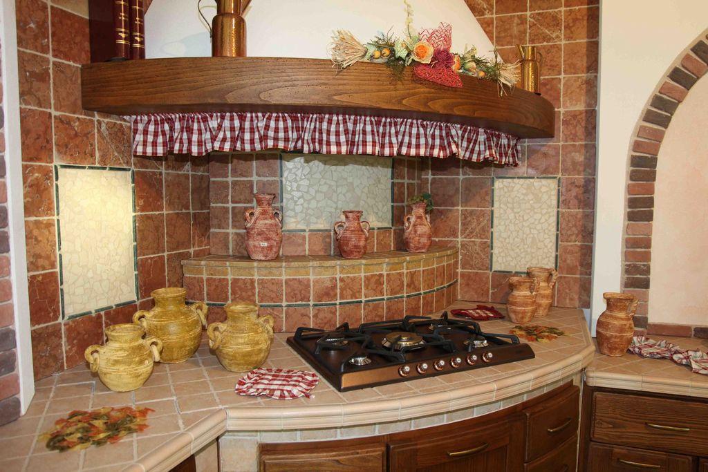 Piastrelle Per Piano Cucina Muratura