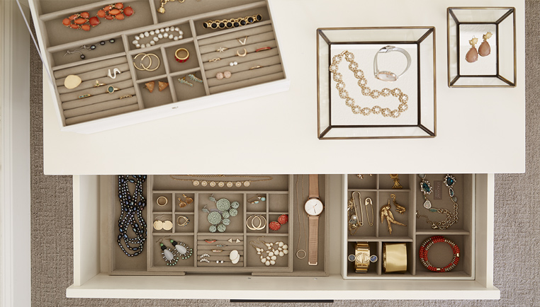 How To Organize Your Jewelry - Jewelry Organization Ideas The