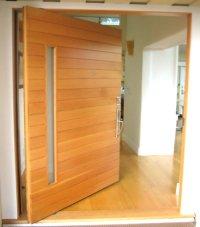 Architectural Pivot Door | Contemporary Architecture