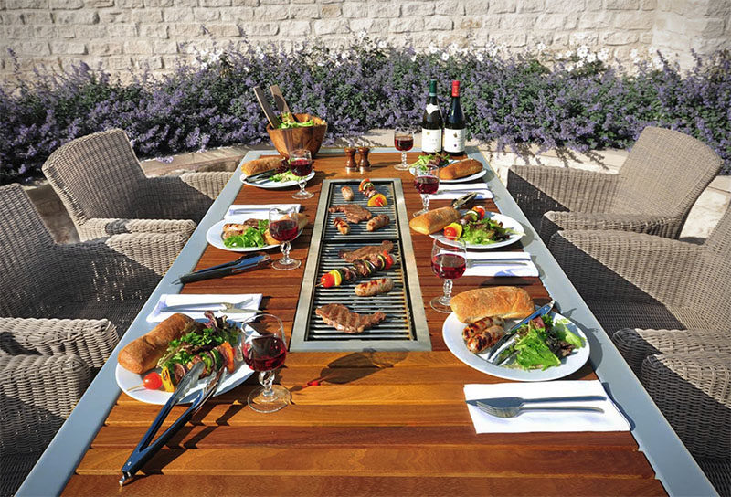 Wood Eettafel This Outdoor Table Has A Built-in Bbq Grill