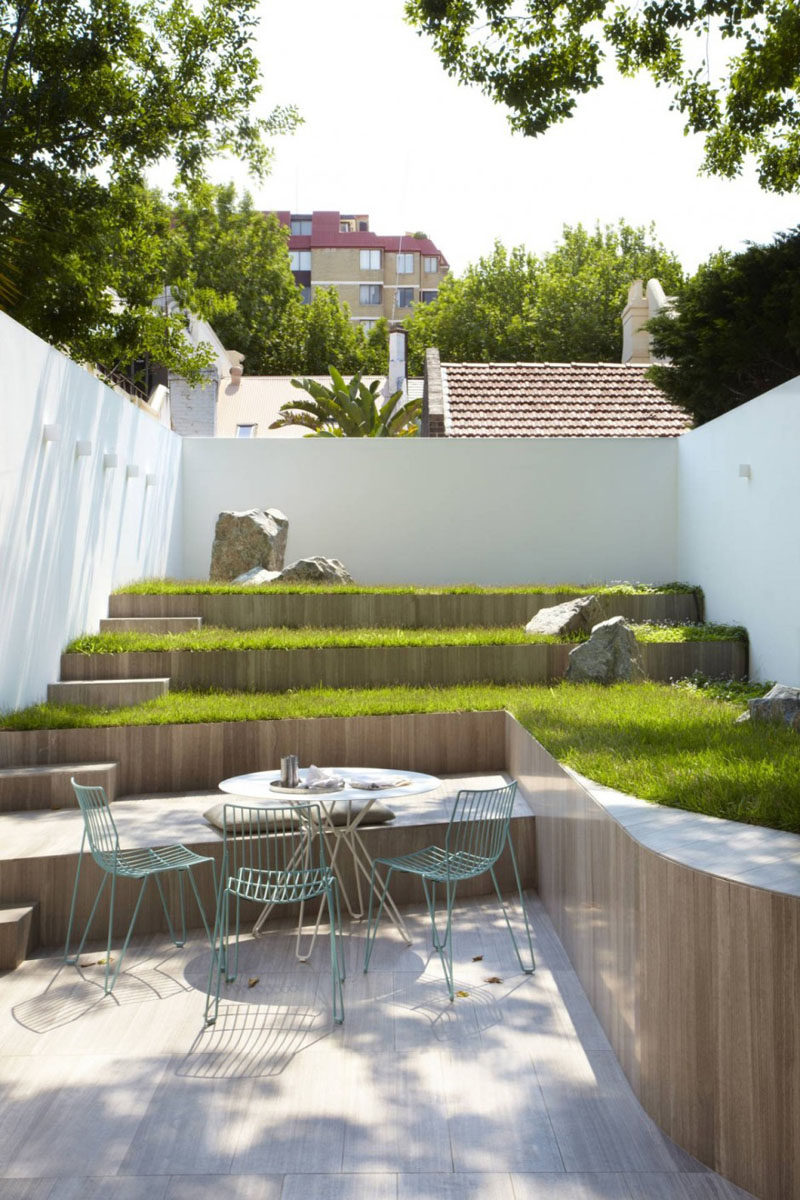 Patio Moderne 13 Multi Level Backyards To Get You Inspired For A Summer Backyard