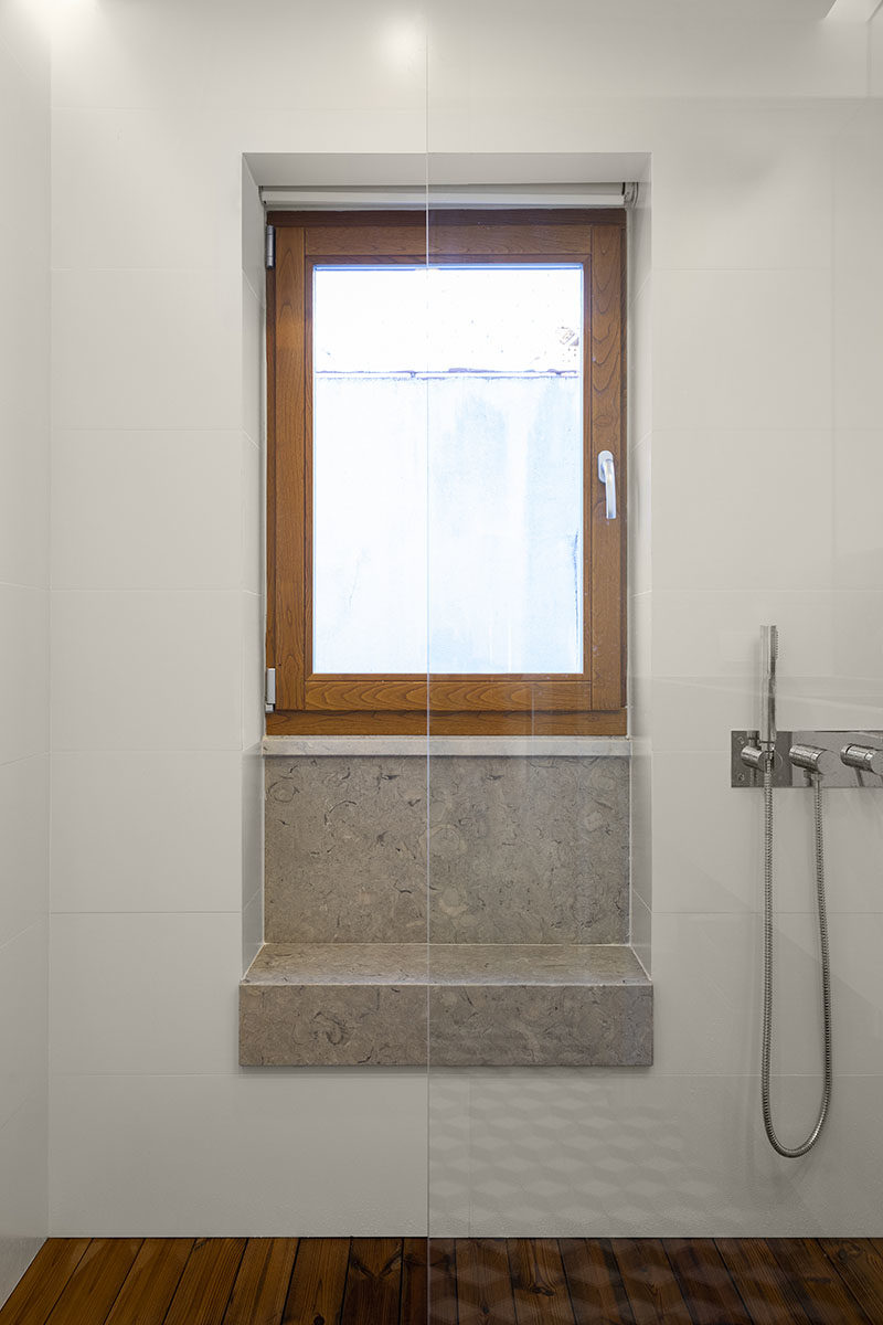Bathroom Ideas Add A Window Bench In The Shower