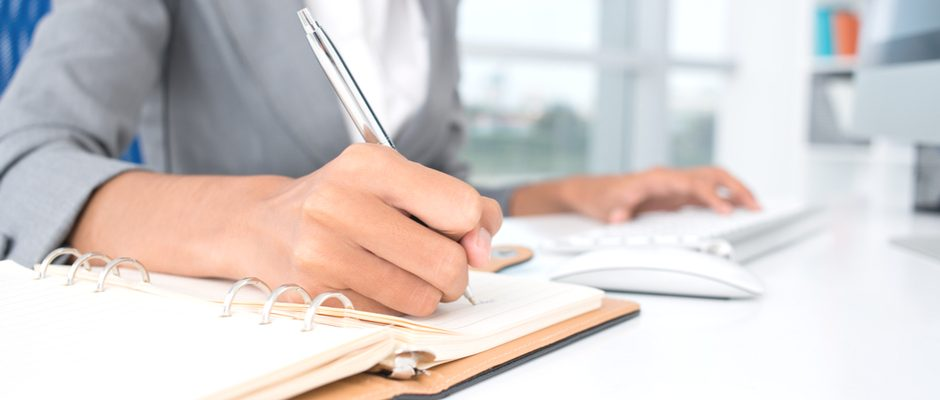 Writing a Great Administrative Assistant Job Description