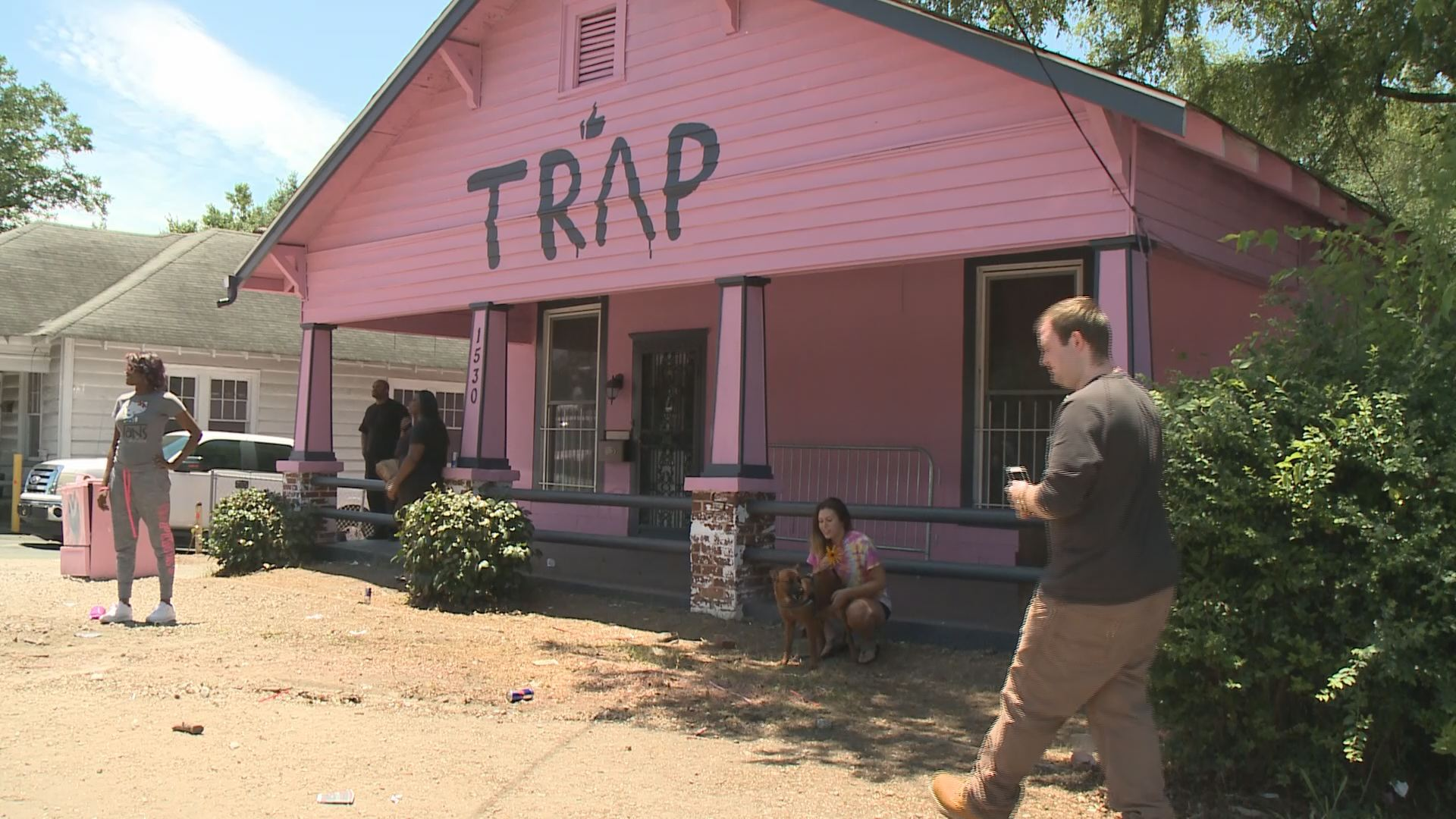 Scenic Trap House Chainz S Pink Trap House Makes A Comeback Sort Pink Traphouse Wallpaper 2 Chainz Trap House Lyrics 2 Chainz Trap House Song List curbed 2 Chainz Trap House