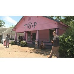 Small Crop Of 2 Chainz Trap House