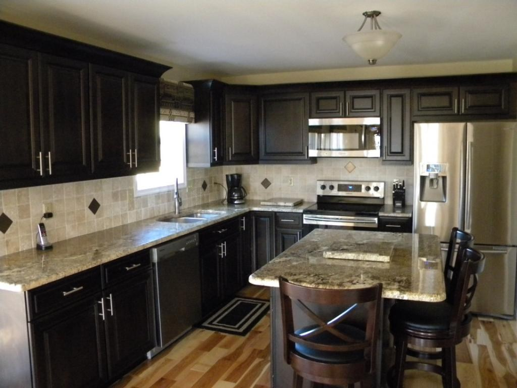 Pictures Of Dark Kitchen Cabinets With Light Countertops Cabinet Lights Light Granite Countertops And Dark