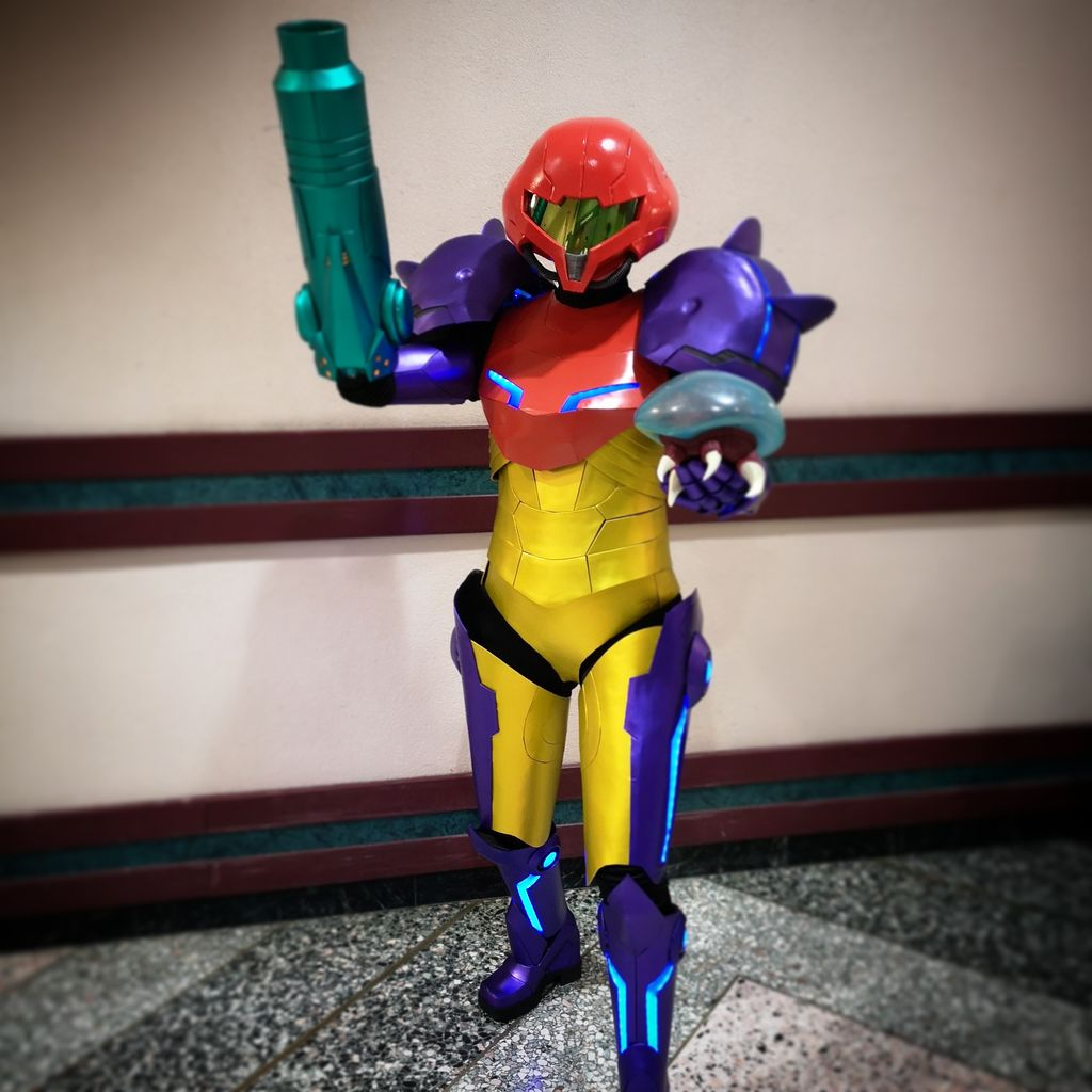 Large Instagram Frame Prop Samus Aran 39;s Arm Cannon From Metroid 3 Steps