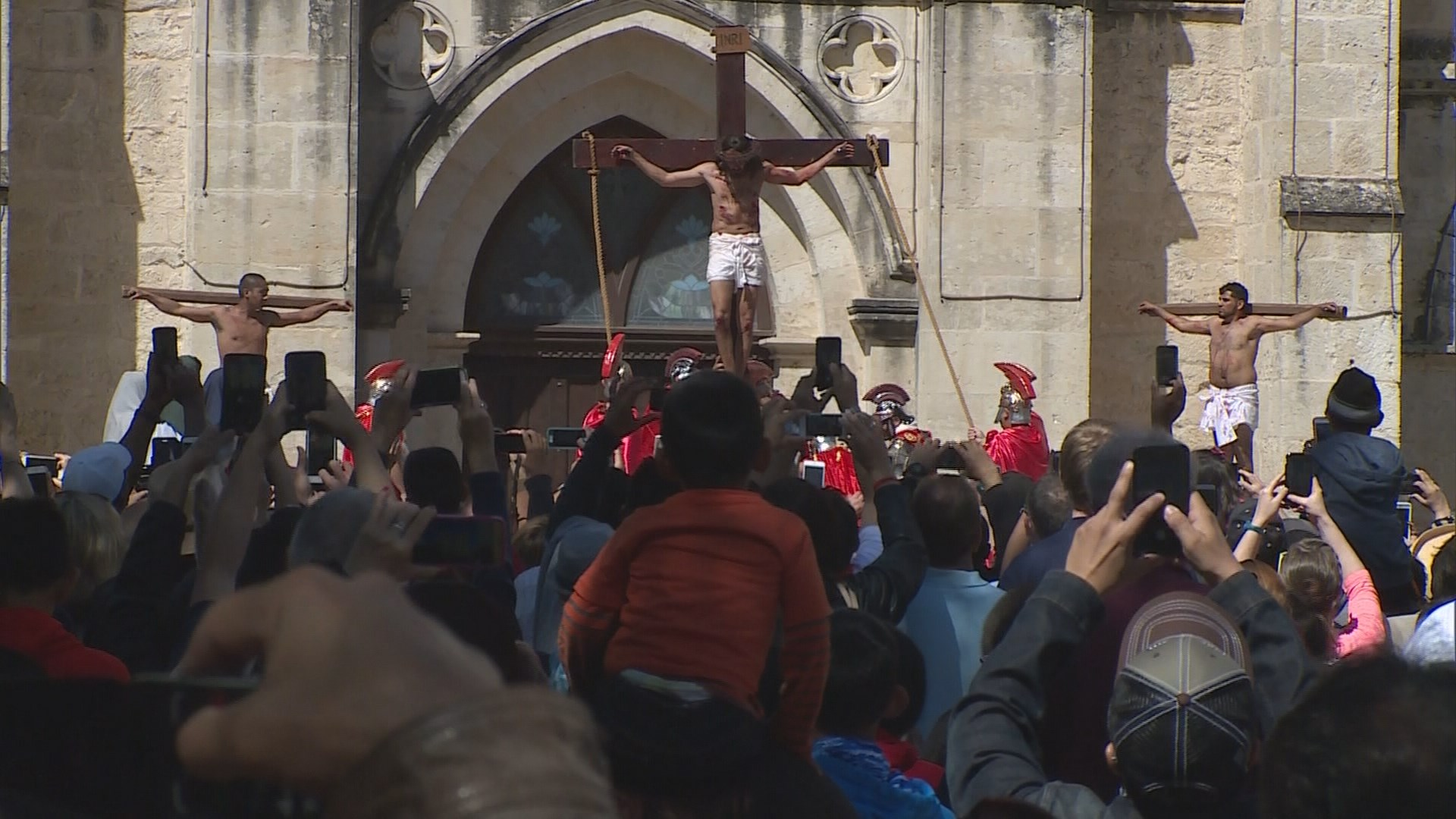 The Passion 2017 Thousands To Gather For Passion Of Christ Re Enactment In