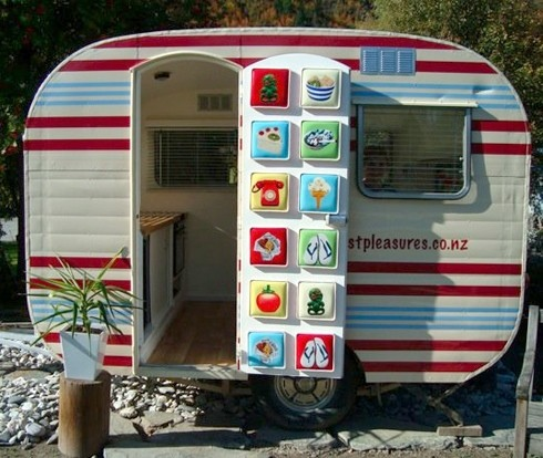 Go-Podsuk Micro Tourer Caravans Small 2 berth caravans - kleine u küche
