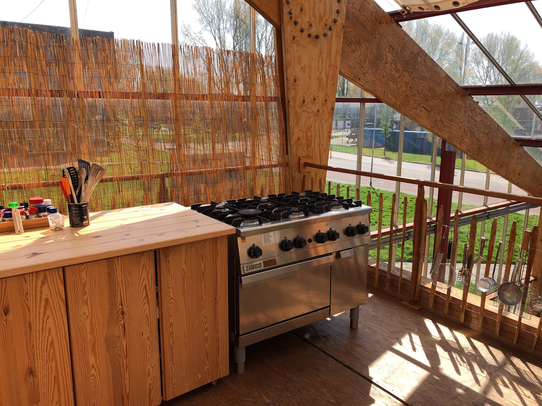 Salvage Kitchen Cabinets Top 7 Tips For Designing The Perfect Outdoor Kitchen Kukun
