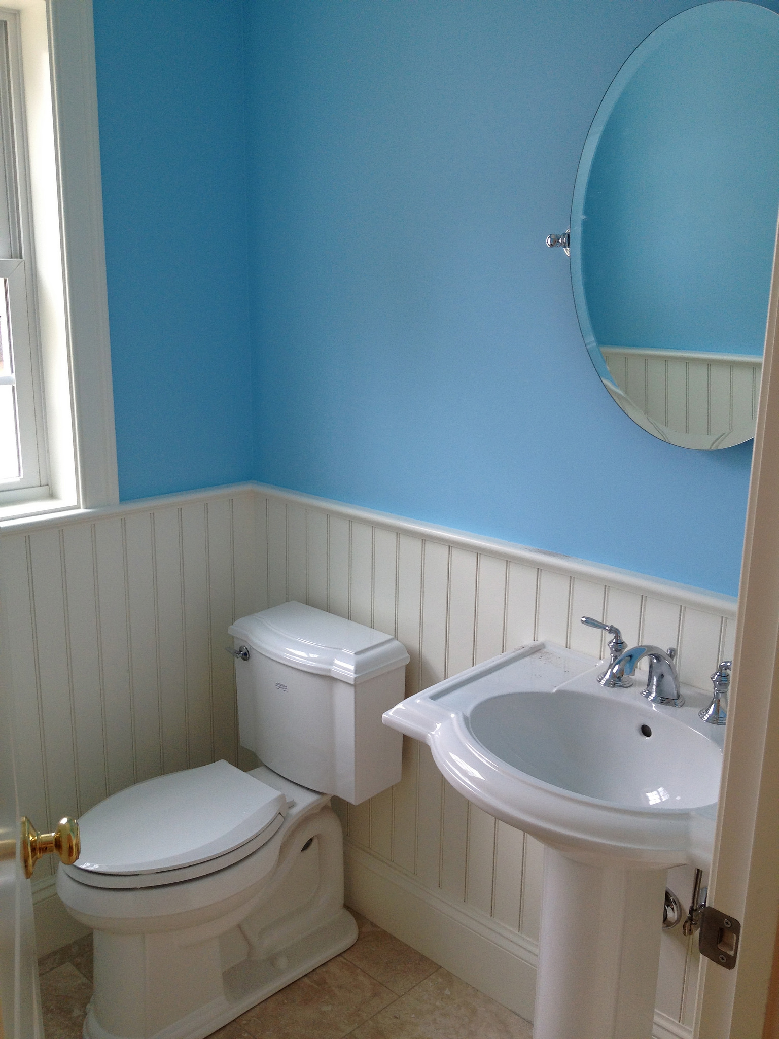 10 Small Half Bathroom Ideas To Make You Swoon